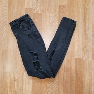 Vanilla Star Black Distressed Low Rise Skinny Jean
